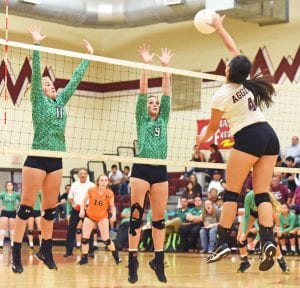 Poteet volleyball
