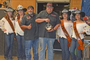 Chuck Salinas of A Ver Que Sale won 2nd Place in the Brisket Division. Pictured, from left, are Cowboy Homecoming Princess Abby Izaguirre, Queen Elena Ortiz, A Ver Que Sale BBQ team, Princess Gabby Martinez and Princess Valentina Gasca. JOE DAVID CORDOVA | PLEASANTON EXPRESS