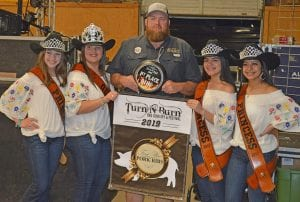 Aaron Lesley (center) of Texas Oil Dust won 1st Place in the Ribs Division. He is joined by the Cowboy Homecoming Court, from left, Princess Abby Izaguirre, Queen Elena Ortiz, Princess Gabby Martinez and Princess Valentina Gasca. JOE DAVID CORDOVA | PLEASANTON EXPRESS