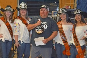 Ram Benitez of Two Bros BBQ won 3rd Place in the Chicken Division. Pictured, from left, are Cowboy Homecoming Princess Abby Izaguirre, Queen Elena Ortiz, Benitez, Princess Gabby Martinez and Princess Valentina Gasca. JOE DAVID CORDOVA | PLEASANTON EXPRESS