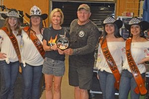Winning 3rd Place in the Ribs Division was Kelly Curtis of Panther Creek Cookers. Pictured, from left, are the Cowboy Homecoming Court Princess Abby Izaguirre, Queen Elena Ortiz, Panther Creek Cookers team, Princess Gabby Martinez and Princess Valentina Gasca. JOE DAVID CORDOVA | PLEASANTON EXPRESS