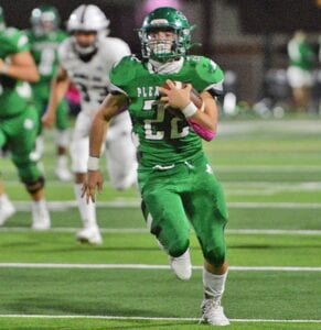 Senior running back Toby Garner breaks into the open field for a huge gain in Pleasanton's 30-7 win over Uvalde on Friday, Oct. 23. Garner finished with 225 yards and two touchdowns. SAM FOWLER | PLEASANTON EXPRESS