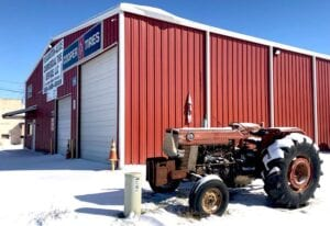 Tired of the cold! A snow-covered tire shop in Pleasanton sits empty as the city dealt with the unusual weather. JACK GARCIA | PLEASANTON EXPRESS