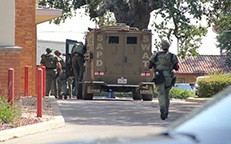 San Antonio Police Department S.W.A.T. arrives on scene at Pleasanton City Hall on Sept. 9 where a female suspect armed with a handgun was sitting inside the council chambers. REBECCA PESQUEDA | PLEASANTON EXPRESS